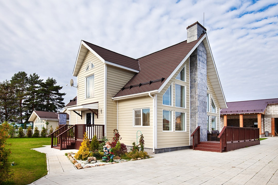 Виды и типы облицовки (отделки) фасадов домов, зданий - сайдинг