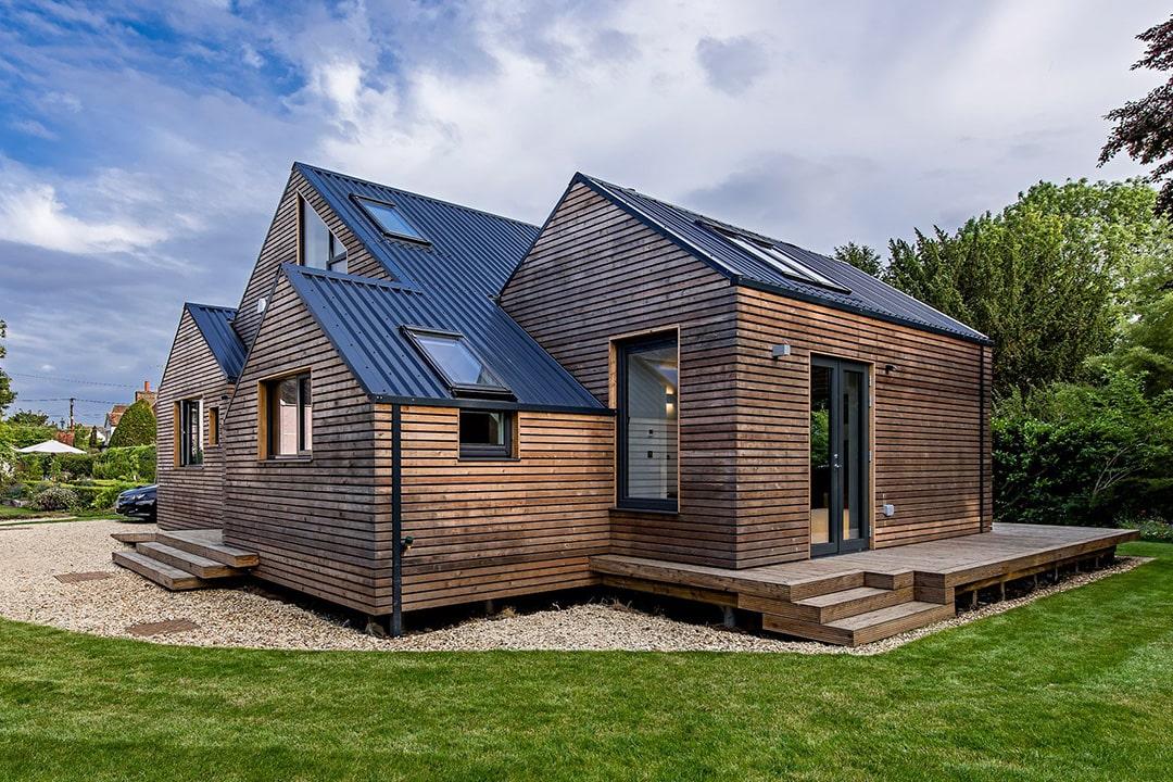 Как обновить фасад деревянного дома - фото 1