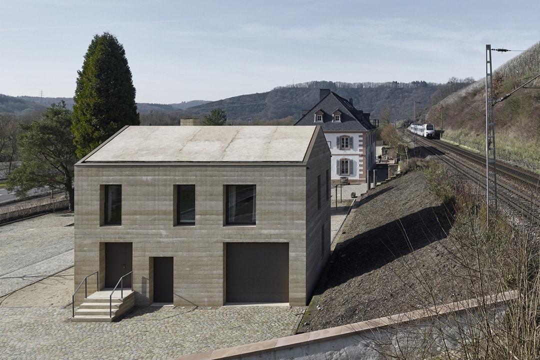Как обновить фасад кирпичного дома - фото 1