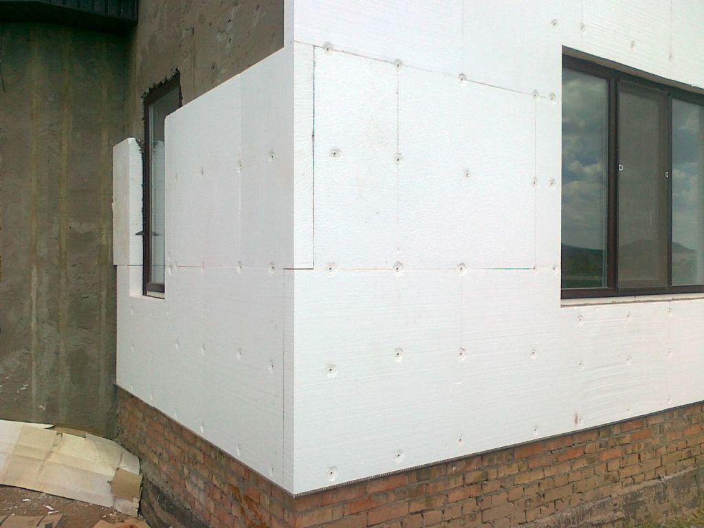 Утепление фасада дома пенопластом - фото 2