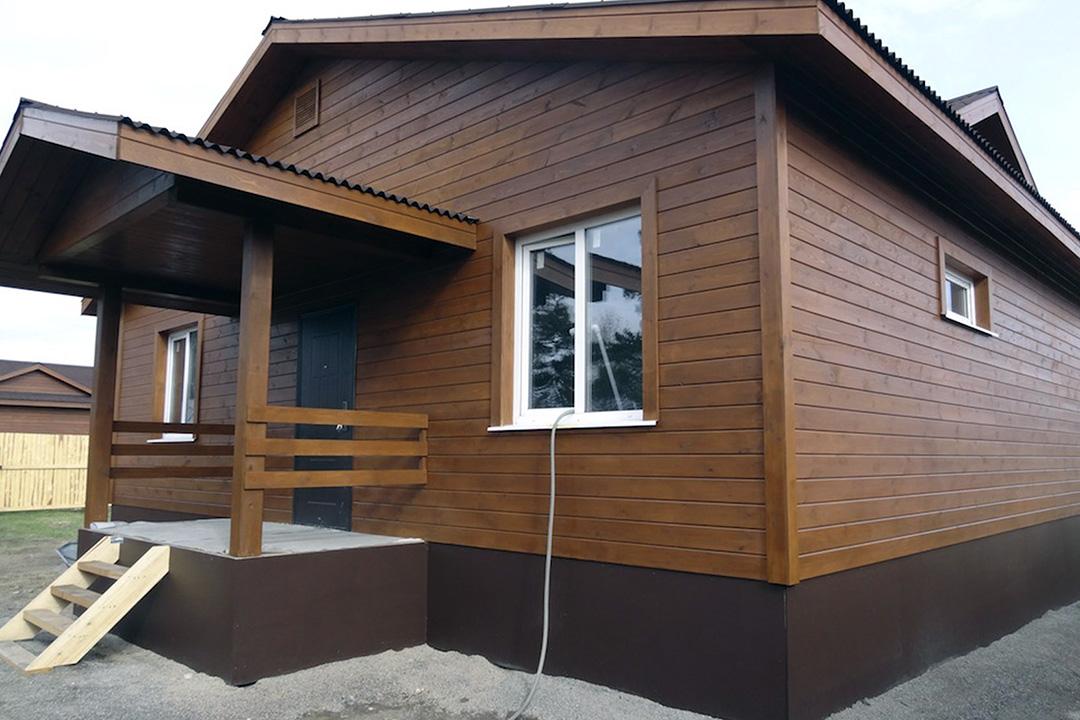 Фасадная доска для наружной отделки дома - фото 1