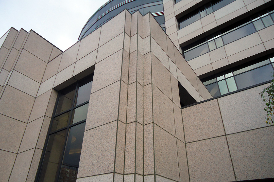 Облицовка фасада керамогранитом - фото 9