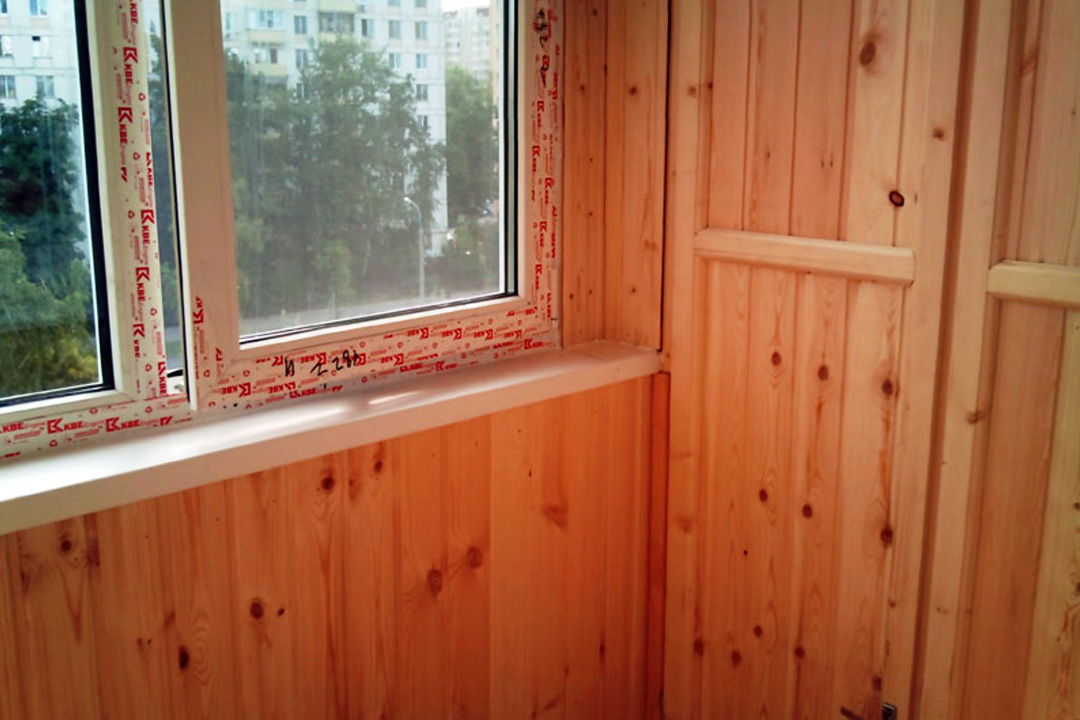 Защита деревянной вагонки при отделке лоджии и балкона
