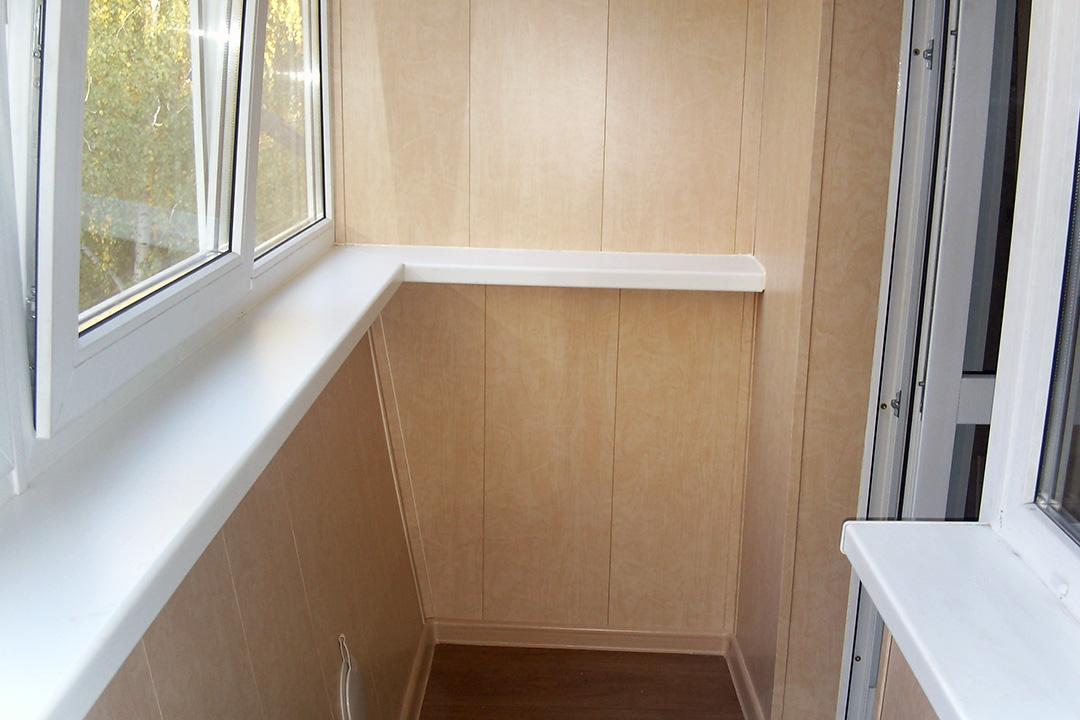 Как выбрать материал ПВХ для отделки лоджии и балкона