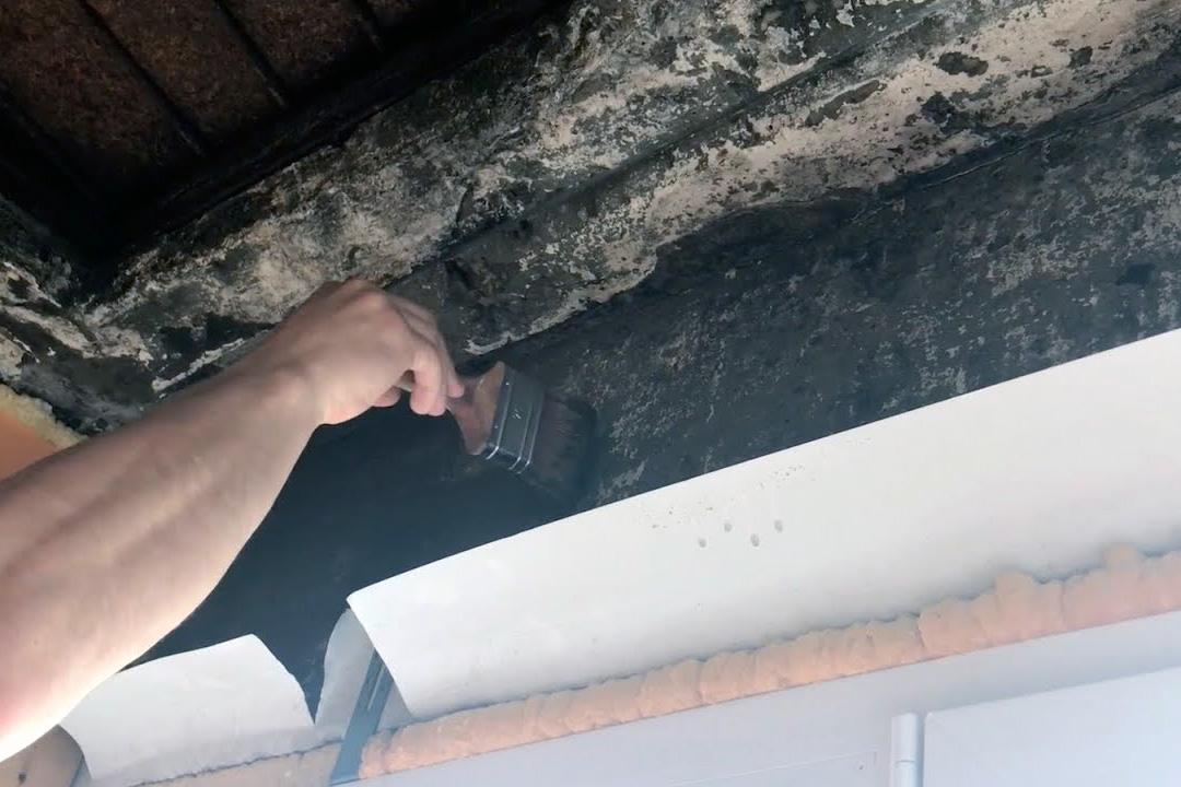 Подготовительные работы по гидроизоляции балкона